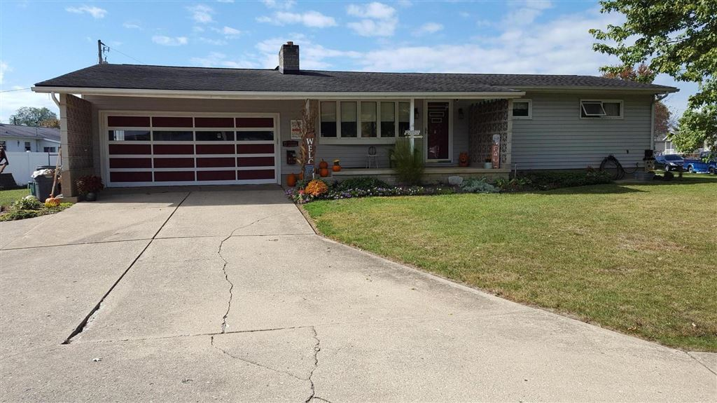 Photo for 355 Lewis Road, Circleville, OH 43113 (MLS # 219040048)