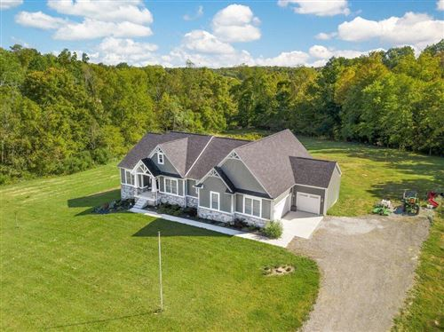 Photo of 11333 Mount Hope Road SE, Thornville, OH 43076 (MLS # 221038050)