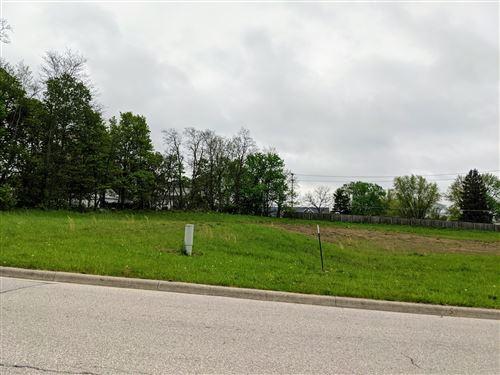 Photo of 365 Buena Vista Drive, Johnstown, OH 43031 (MLS # 221013054)