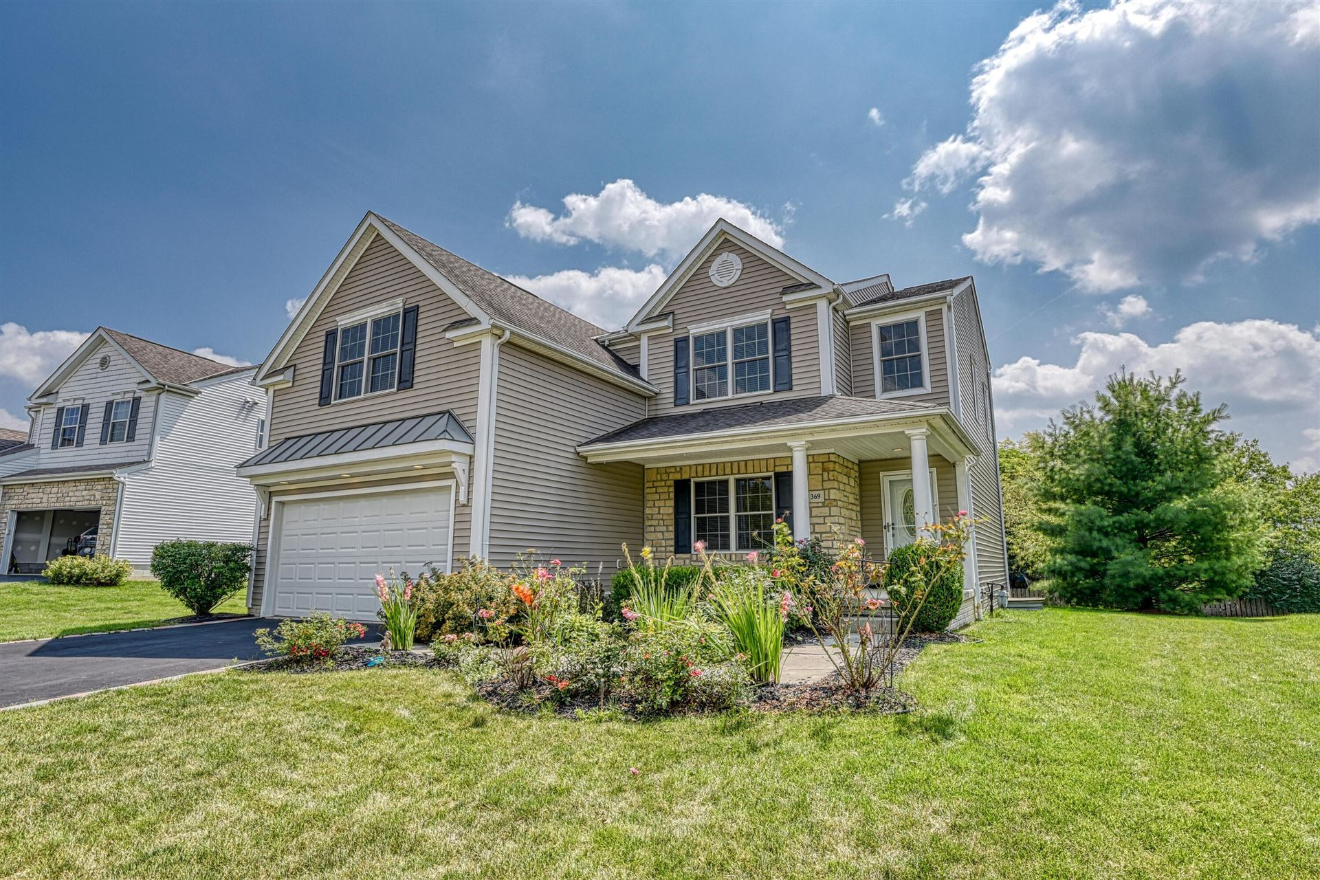 Photo of 369 Amber Light Circle, Delaware, OH 43015 (MLS # 221029058)
