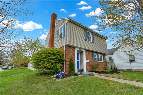 Photo of 2990 Parkside Road, Columbus, OH 43204 (MLS # 221012059)