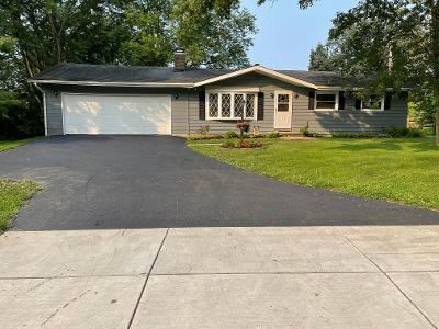 Photo of 3734 E Powell Road, Lewis Center, OH 43035 (MLS # 221027071)