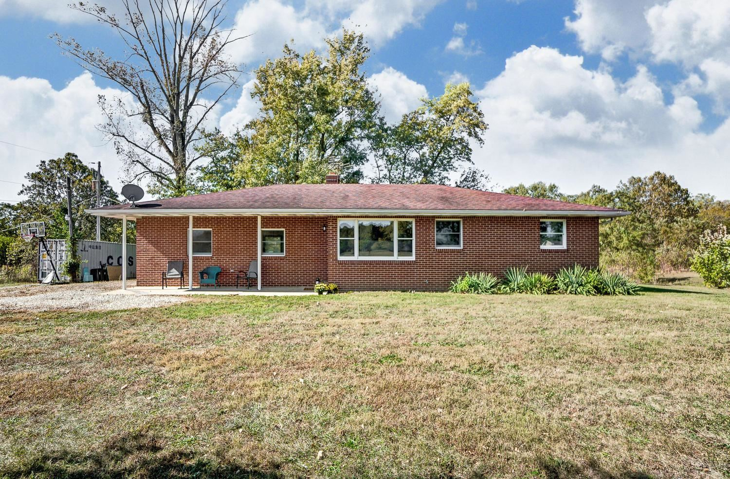 Photo for 8146 Smith Calhoun Road, Plain City, OH 43064 (MLS # 219040072)