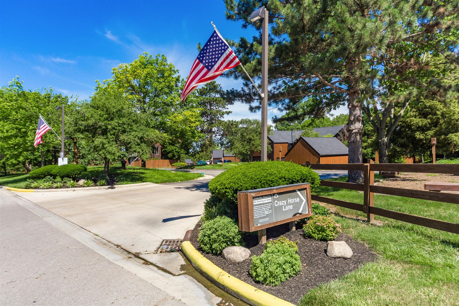 Photo of 4844 Crazy Horse Lane #10, Westerville, OH 43081 (MLS # 221022076)
