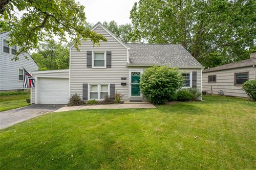 Photo of 945 Francis Avenue, Bexley, OH 43209 (MLS # 221022082)