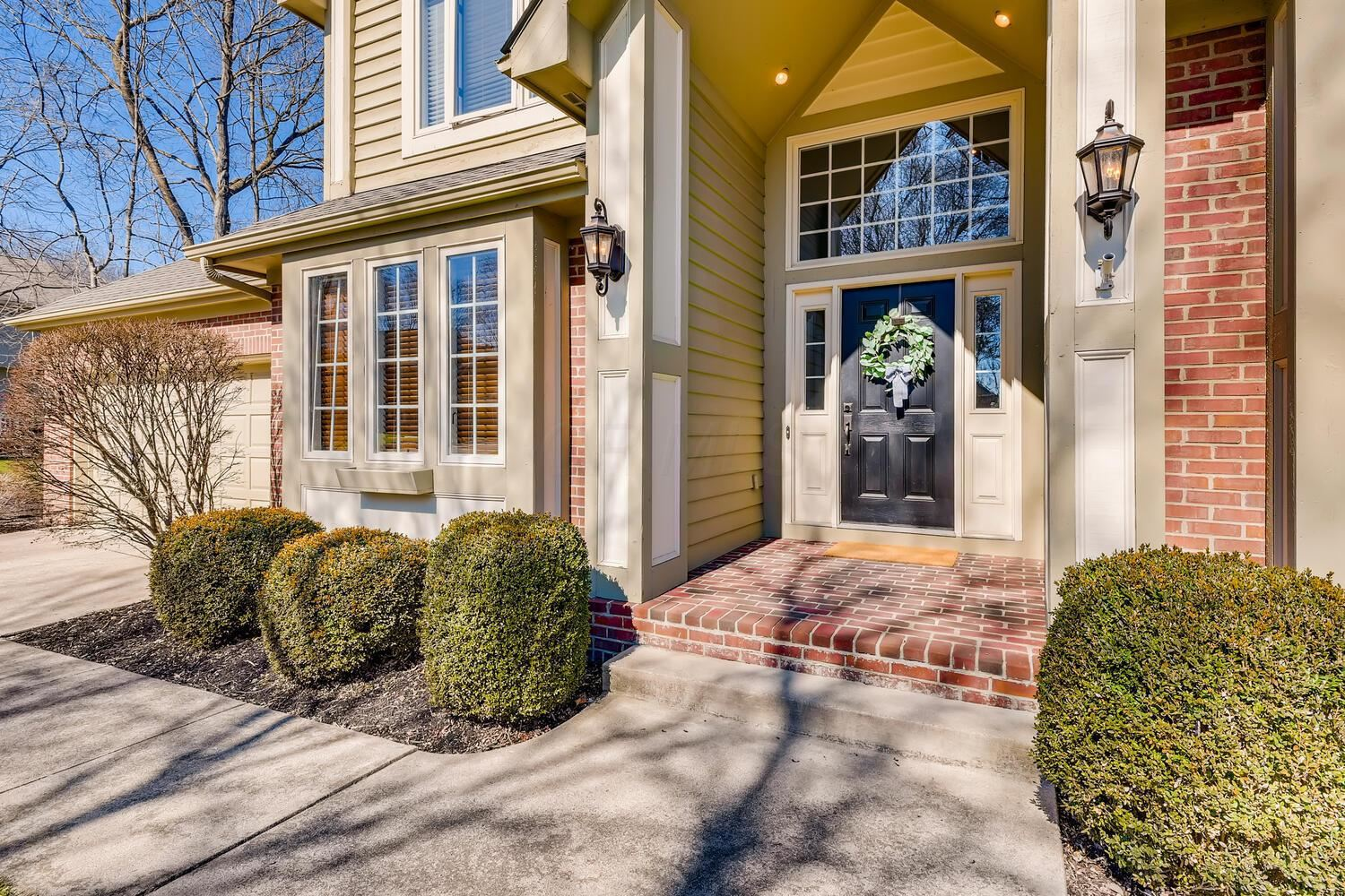 Photo of 7024 Timberview Drive, Dublin, OH 43017 (MLS # 221006086)