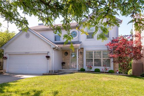 Photo of 5931 Heritage Farms Drive, Hilliard, OH 43026 (MLS # 221005091)