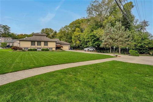 Photo of 7077 Cooper Road, Westerville, OH 43081 (MLS # 221040092)
