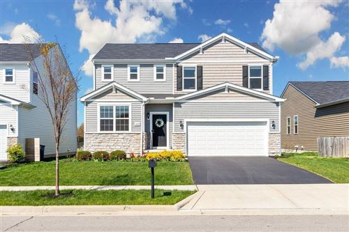 Photo of 147 Cloverhill Drive, Galloway, OH 43119 (MLS # 221013095)