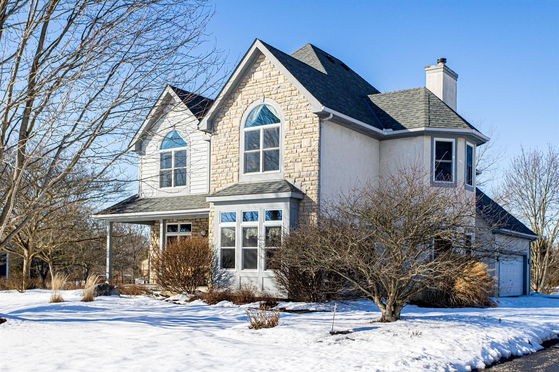 Photo of 5154 Cascade Drive, Powell, OH 43065 (MLS # 221005096)