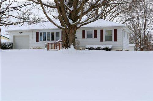 Photo of 105 Miller Avenue, Mount Vernon, OH 43050 (MLS # 221003101)