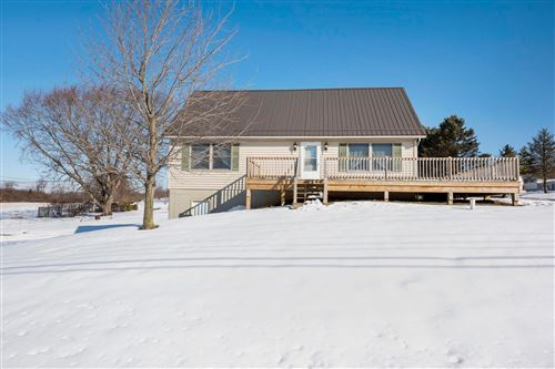 Photo of 11 Chowning Road, Thornville, OH 43076 (MLS # 221005124)
