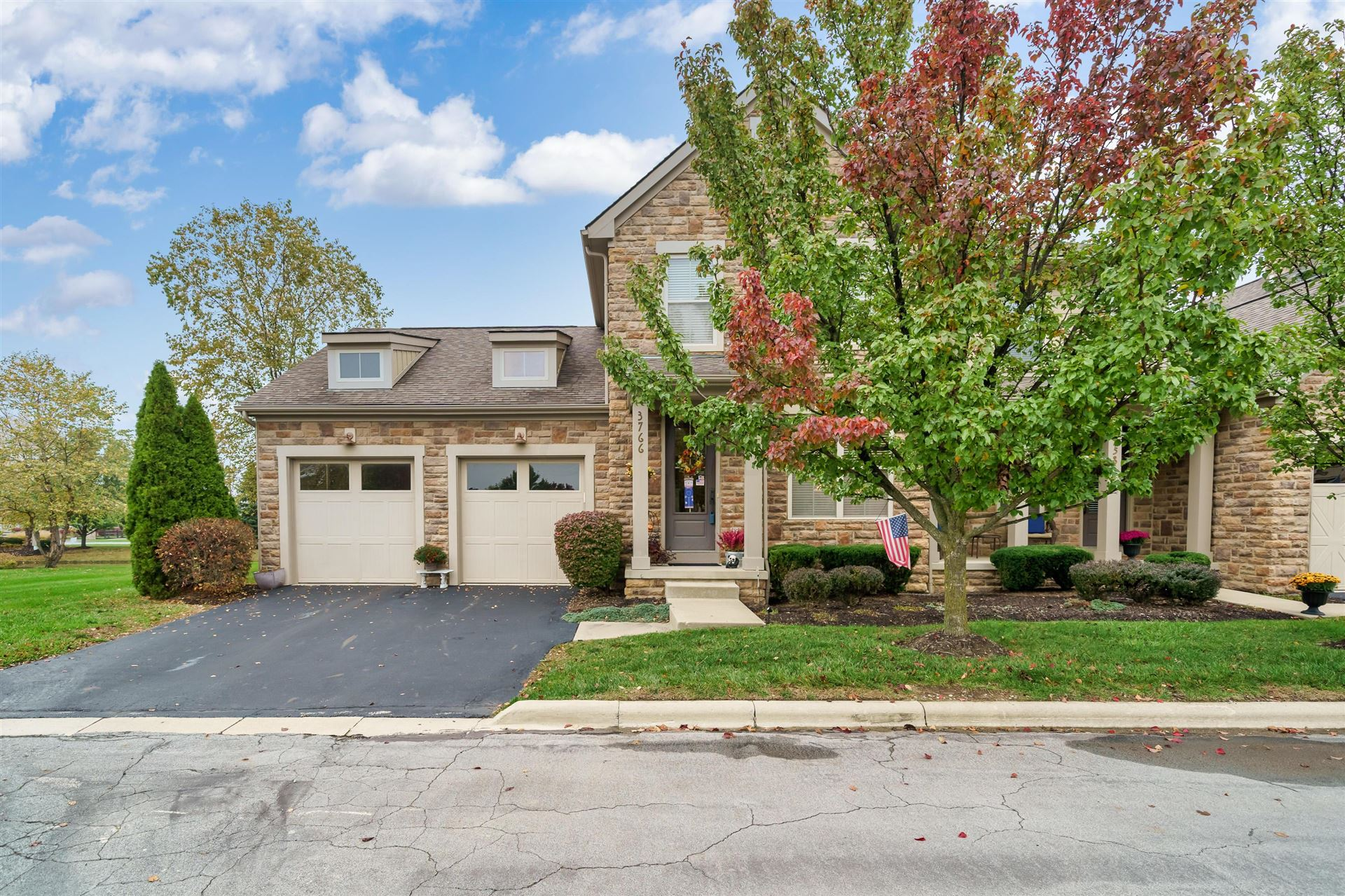 Photo of 3766 Echo Place, Powell, OH 43065 (MLS # 220038135)