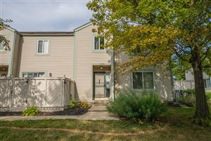 Photo of 5260 Captains Court, Columbus, OH 43220 (MLS # 219031140)