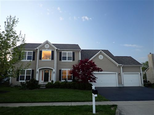 Photo of 6204 Clover Place, Hilliard, OH 43026 (MLS # 221015140)