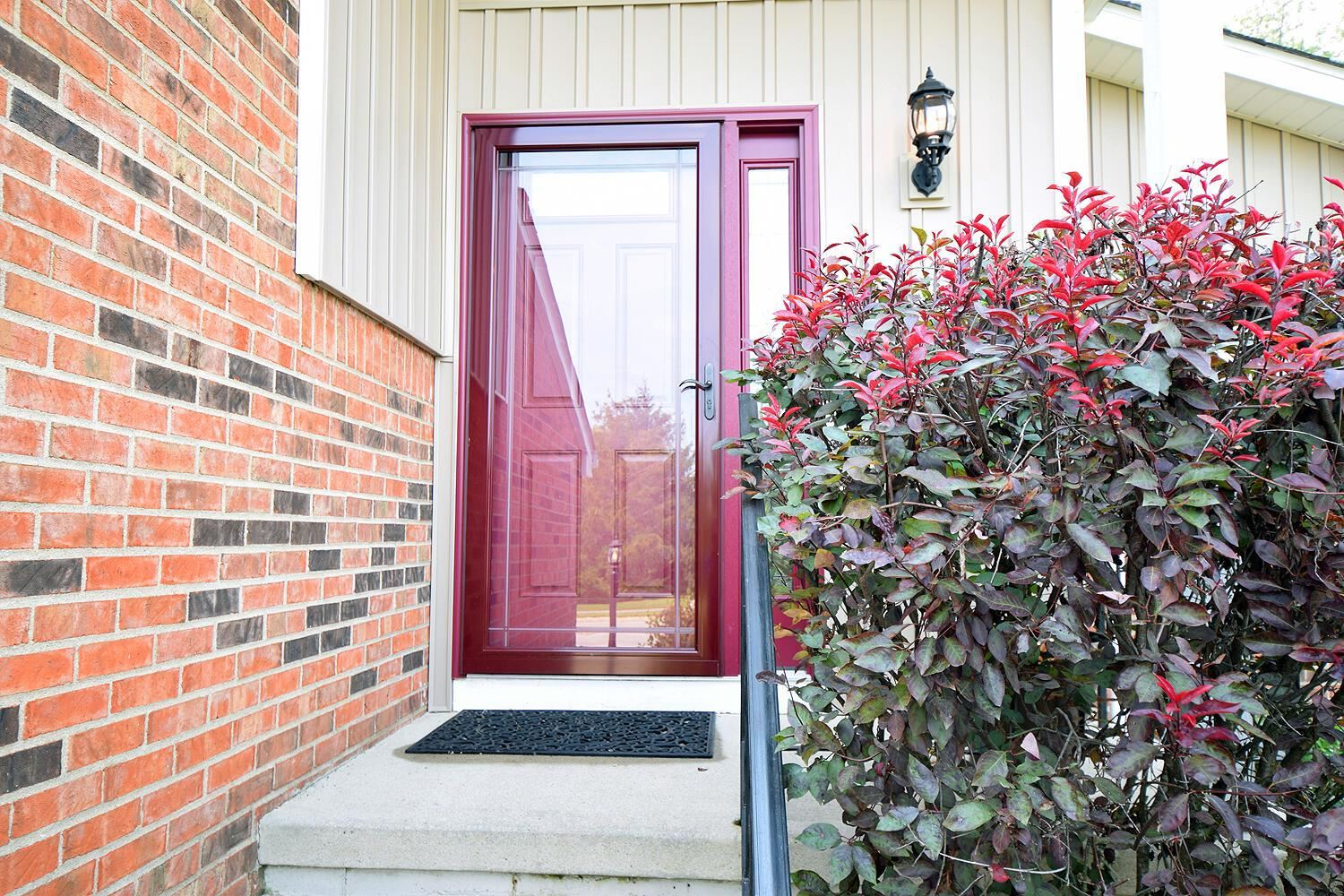 Photo of 2435 Sutter Parkway, Dublin, OH 43016 (MLS # 221036142)
