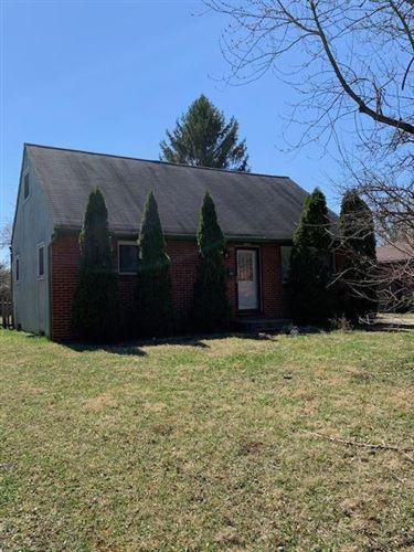 Photo of 1041 Loring Road, Columbus, OH 43224 (MLS # 221009145)