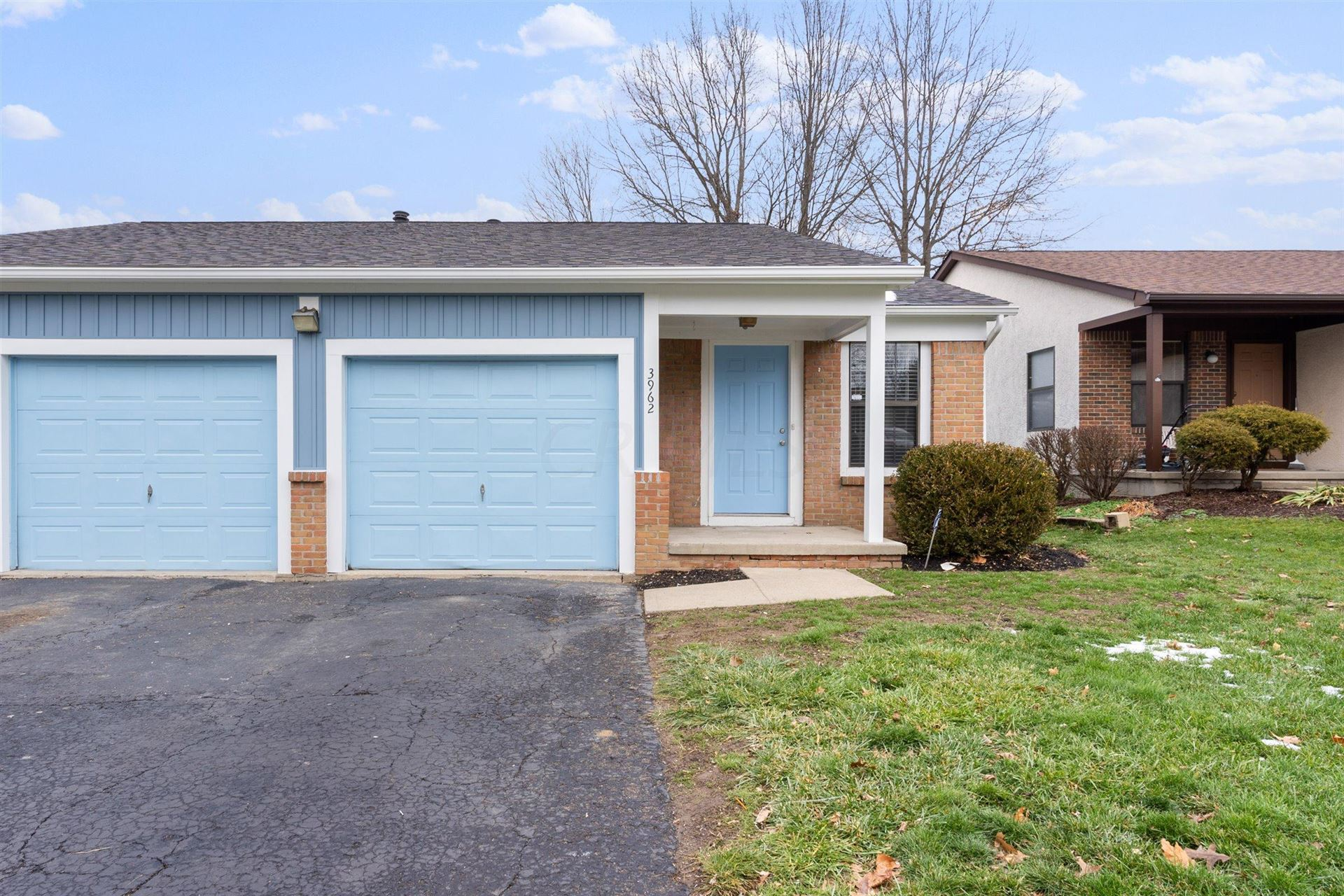 Photo of 3960-3962 Forest Edge Drive, Columbus, OH 43230 (MLS # 220044146)