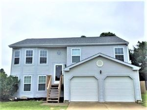 Photo of 136 Windward Drive, Pataskala, OH 43062 (MLS # 219025155)