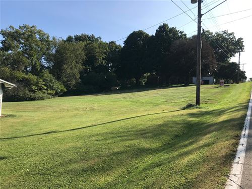 Photo of 0 Hillcrest Drive, Mount Vernon, OH 43050 (MLS # 220033155)