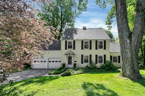 Photo of 3 Sheppard Place, Granville, OH 43023 (MLS # 221021158)