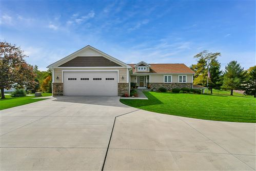 Photo of 6710 Gale Road SW, Pataskala, OH 43062 (MLS # 221005160)
