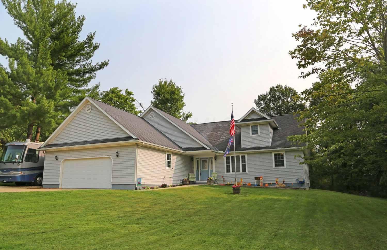 208 N Ridge Heights Drive, Howard, OH 43028 - MLS#: 220032185