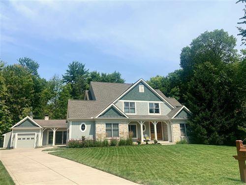 Photo of 155 Cressingham Lane, Powell, OH 43065 (MLS # 221028188)