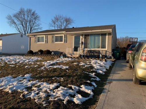 Photo of 166 Fieldpoint Road, Heath, OH 43056 (MLS # 221005197)