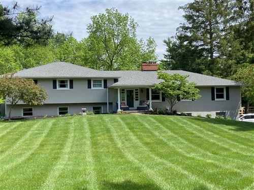 Photo of 1532 Wren Lane, Powell, OH 43065 (MLS # 221020199)