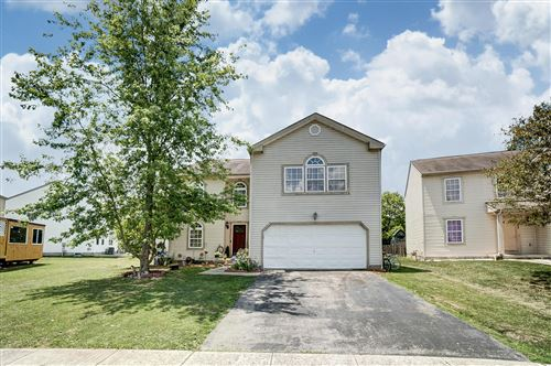 Photo of 961 Fenvale Lane, Galloway, OH 43119 (MLS # 220021217)
