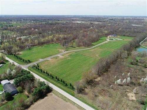 Photo of 6849 Oxford Woods Drive, Sunbury, OH 43074 (MLS # 220028225)