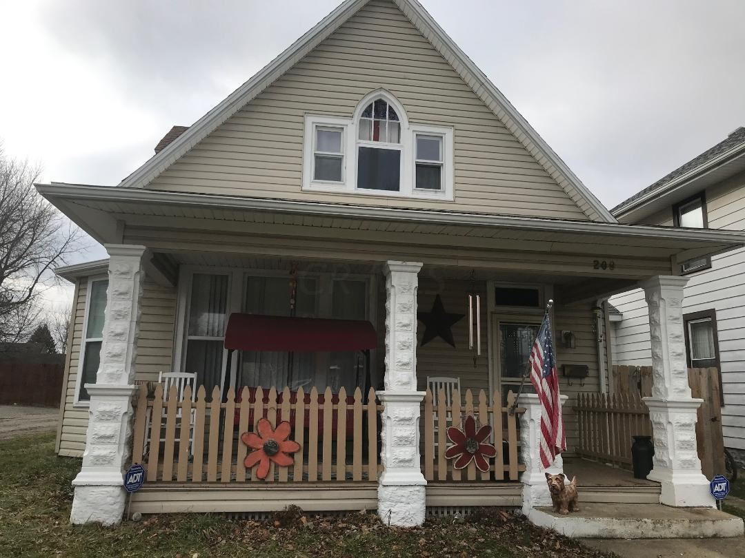 Photo for 209 S Main Street, London, OH 43140 (MLS # 220001230)