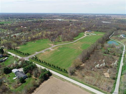 Photo of 6949 Oxford Woods Drive, Sunbury, OH 43074 (MLS # 220028233)