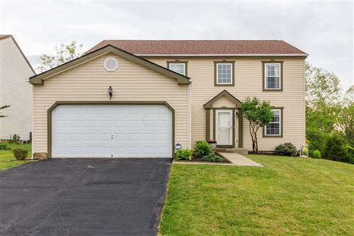 Photo of 252 Essex Place, Pataskala, OH 43062 (MLS # 221014246)