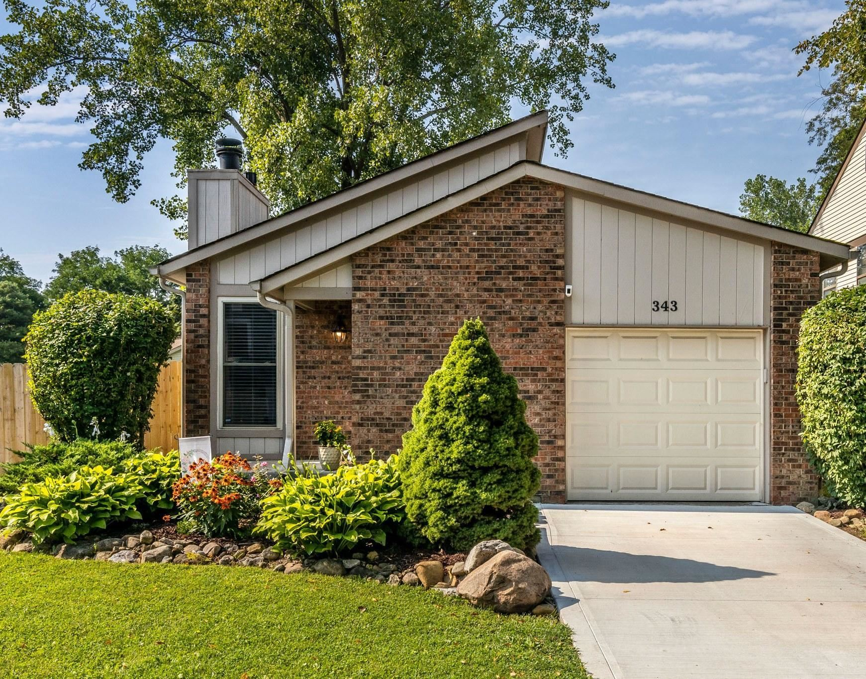 343 Meadowside Court, Columbus, OH 43230 - #: 221029249