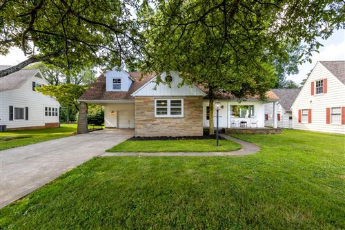 Photo of 222 N Quentin Road, Newark, OH 43055 (MLS # 221027260)