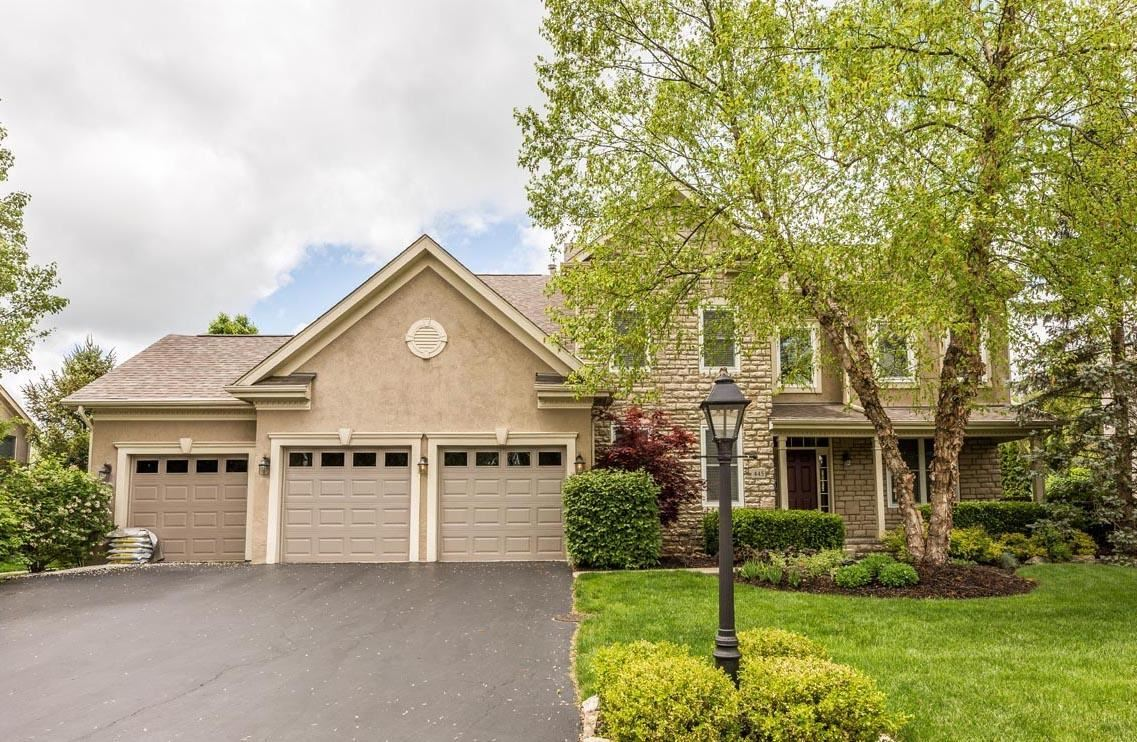 Photo of 445 Woodard Place, Powell, OH 43065 (MLS # 221015262)