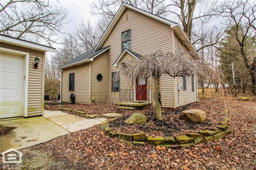Photo of 12260 Sycamore Road, Mount Vernon, OH 43050 (MLS # 220004265)