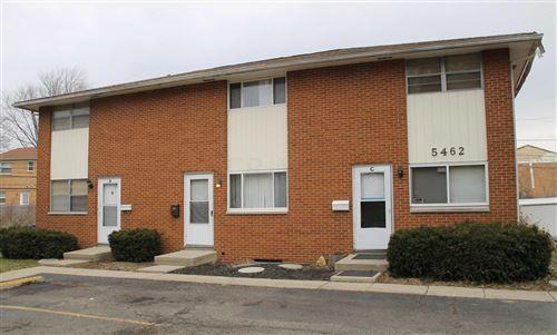 Photo of 5460-5462 Ivyhurst Drive, Columbus, OH 43232 (MLS # 221028271)