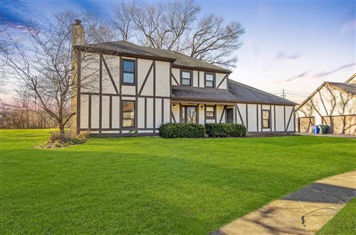 Photo of 1419 Snowmass Road, Columbus, OH 43235 (MLS # 219045292)