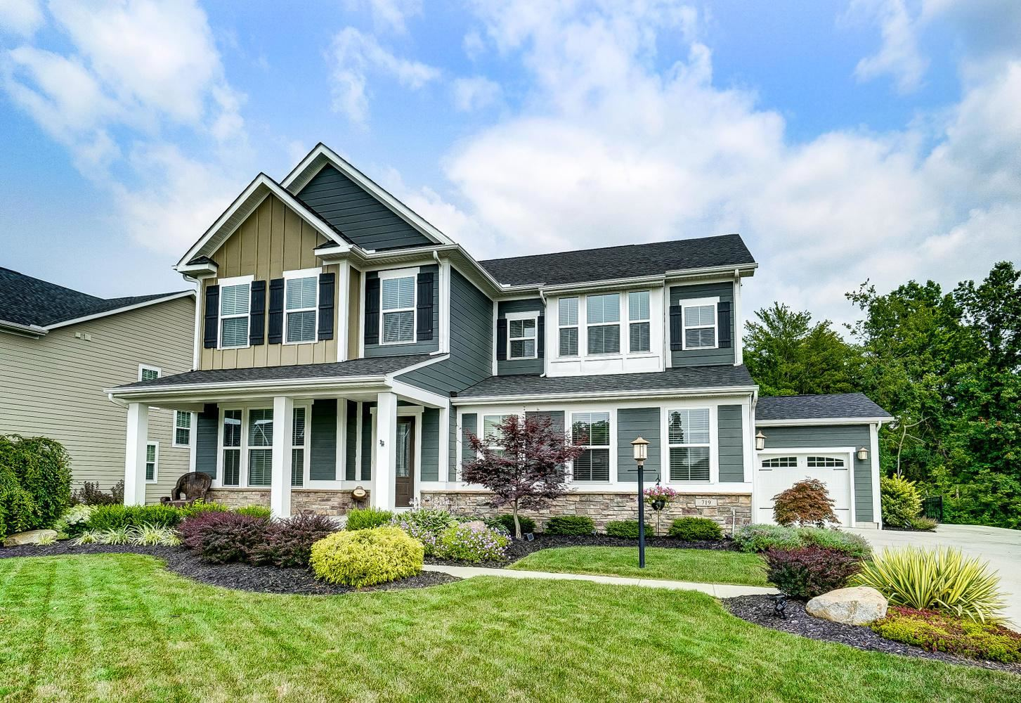 Photo of 719 Cliff View Drive, Galena, OH 43021 (MLS # 221027295)
