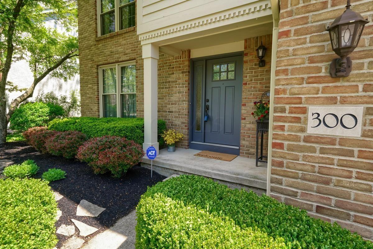 Photo of 300 Whitaker Avenue N, Powell, OH 43065 (MLS # 221014309)