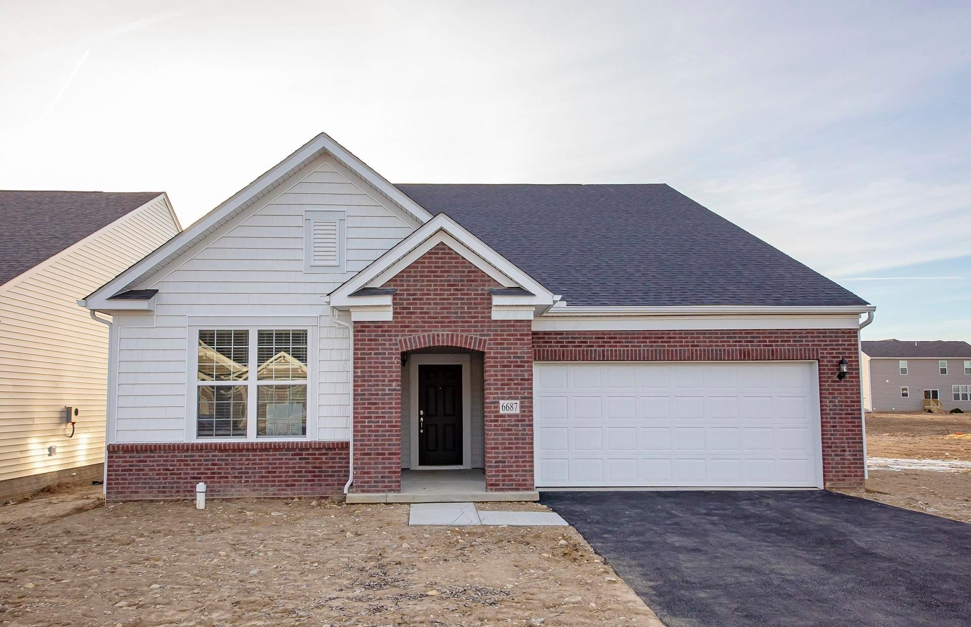 Photo for 6687 Cat Singer Circle S, Hilliard, OH 43026 (MLS # 219044311)