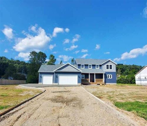 Photo of 710 Colby Way, Newark, OH 43055 (MLS # 221035312)