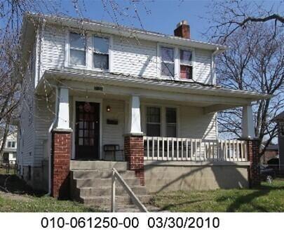 Photo of 1534 Loretta Avenue, Columbus, OH 43211 (MLS # 221006315)
