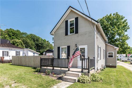 Photo of 302 Calhoun Street, Mount Vernon, OH 43050 (MLS # 221028318)