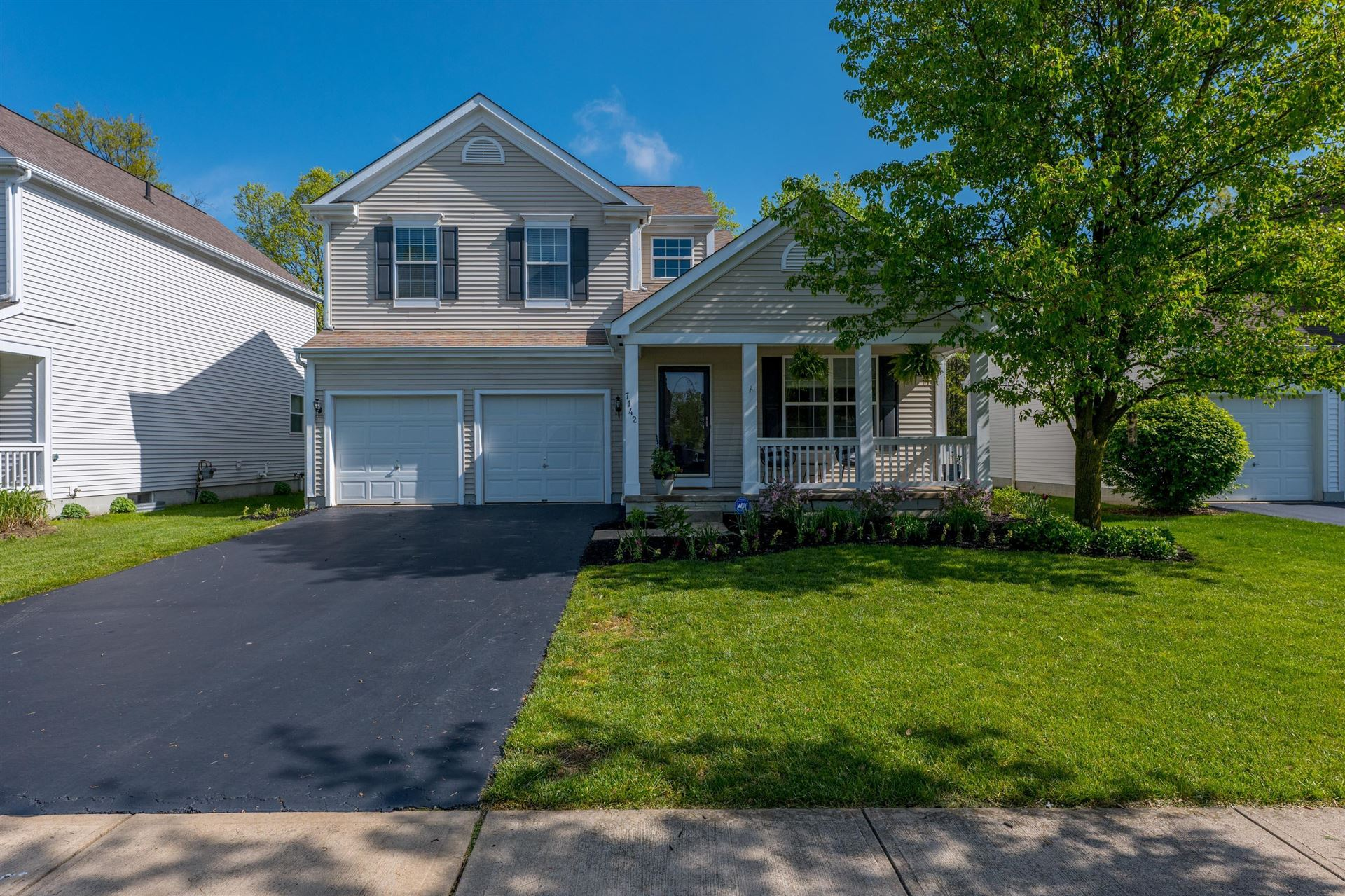 Photo of 7142 Upper Albany Drive, New Albany, OH 43054 (MLS # 221015320)
