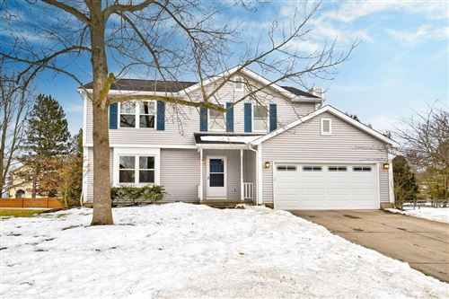 Photo of 2471 Cornwall Court, Powell, OH 43065 (MLS # 221005321)