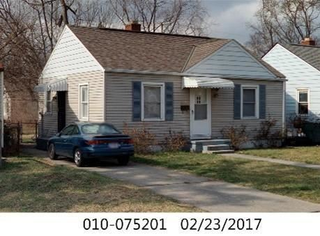 Photo for 2261 Howey Road, Columbus, OH 43211 (MLS # 221006322)